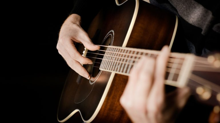 How to Learn Five Songs on Guitar With Just Three Simple Chords – TUC
